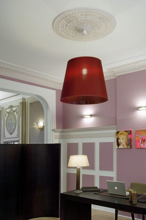 R25 (Victoria) ARSTYL® Ceiling Rose